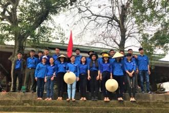 Đoàn Cơ sở VQG Phong Nha - Kẻ Bàng đồng hành chung tay bảo vệ dòng sông quê hương Di sản